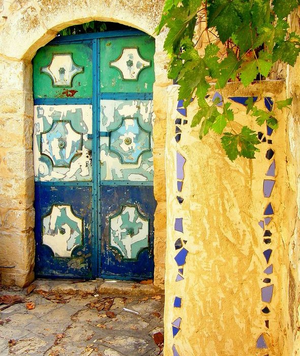 door,  Middle East